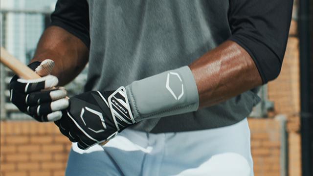 Gel-To-Shell Fitting Video | EvoShield Wrist Guard